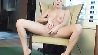 Busty amateur autumn toying her pussy on the couch